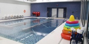 The school has a warm, salt-water therapy pool. (Evelyne Asselin/CBC)